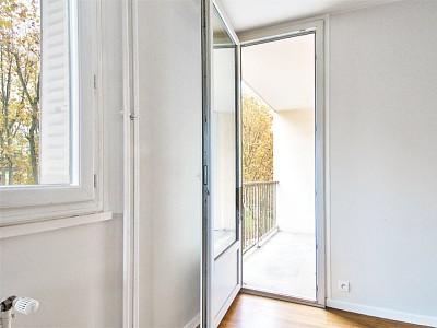 APPARTEMENT T3 A VENDRE - VILLEFRANCHE SUR SAONE - 59,6 m2 - 99000 €
